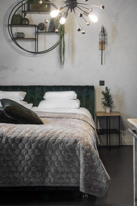 Bed Black Hills
