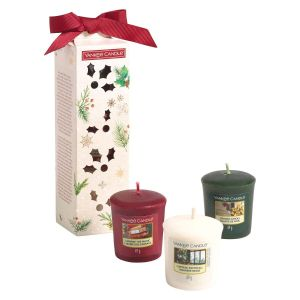 Yankee Candle Magical Christmas Morning giftset purse 3 votives