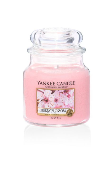 Yankee Candle cherry blossom medium jar