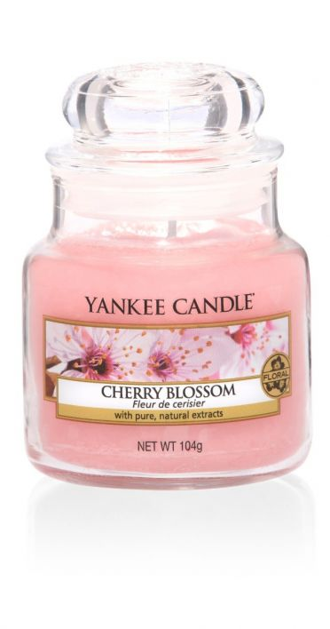 Yankee Candle cherry blossom small jar